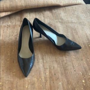 Nine West Chocolate Colored Kitten Heel, Size 9
